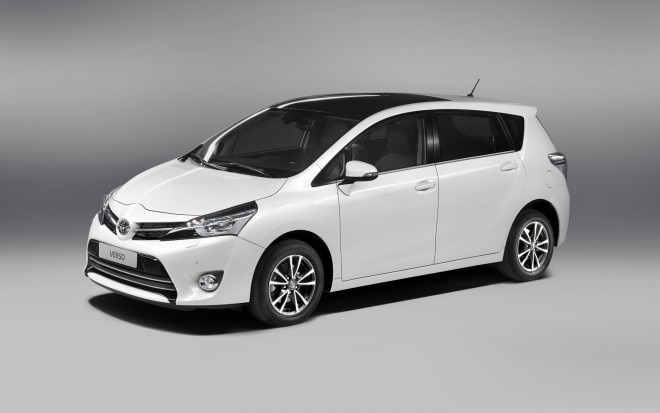 2013 Toyota Verso Front Three Quarter Studio1 660x413