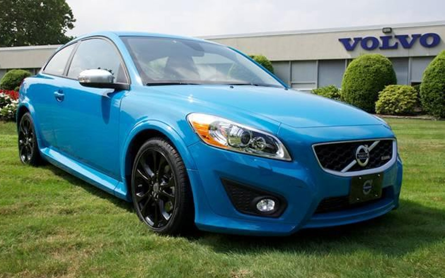 2013 Volvo C30 Polestar Limited Edition Front View1