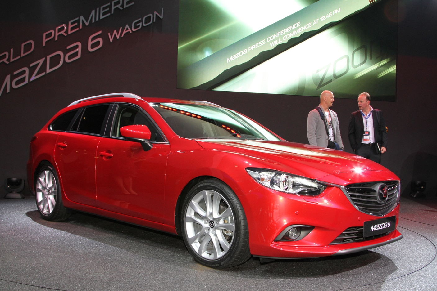 paris 2012 2014 mazda 6 is ready to fight accord camry fusion. Black Bedroom Furniture Sets. Home Design Ideas