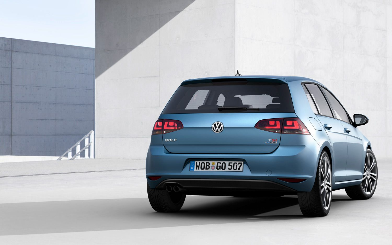 2014 Volkswagen Golf Rear1