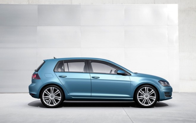 2014 Volkswagen Golf Right Side1 660x413