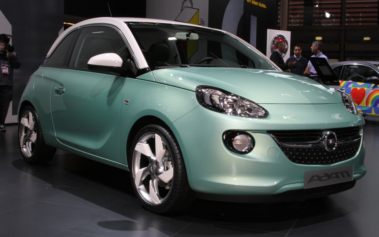 Opel Adam Front Three Quarter1