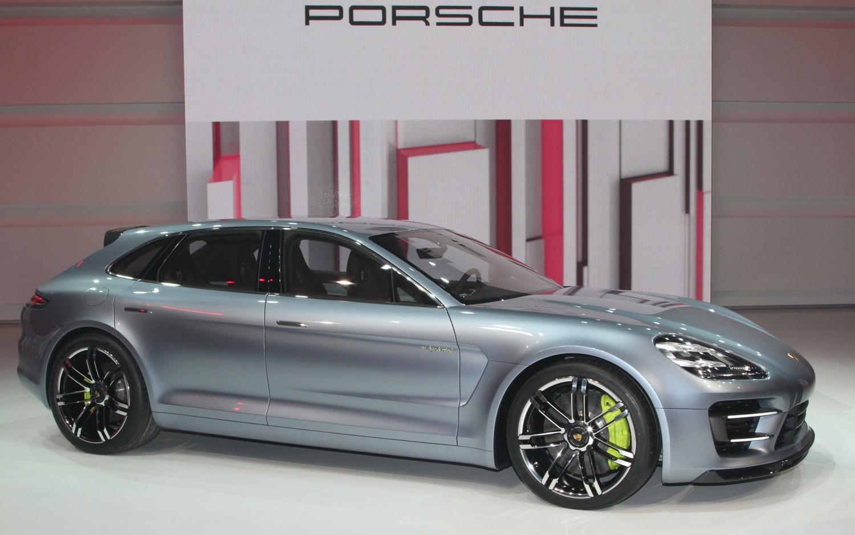 Porsche Panamera Sport Turismo Concept Profile1
