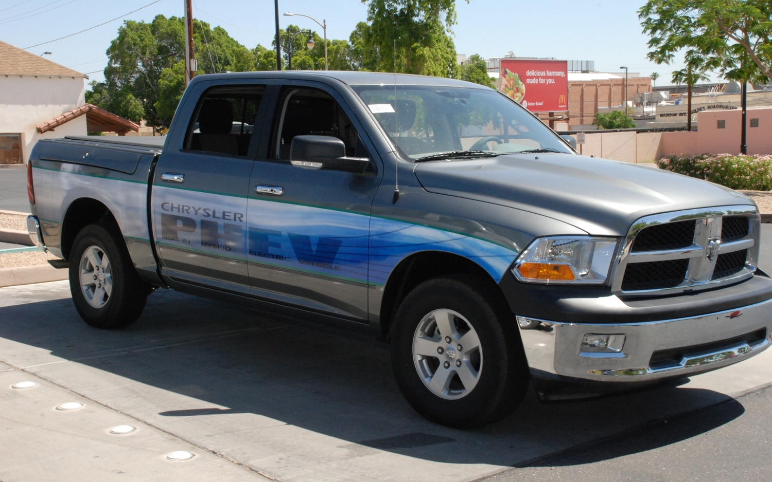 Ram 1500 Plug In Hybrid Front Three Quarter1