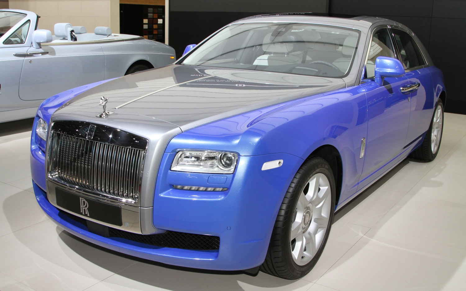 paris 2012 rolls royce unveils artsy phantom ghost models with art deco theme. Black Bedroom Furniture Sets. Home Design Ideas