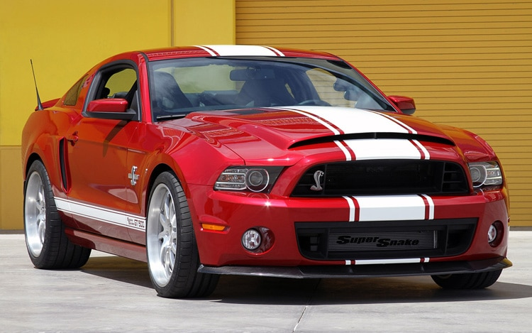 Shelby American 2013 GT500 Super Snake Front Three Quarter1