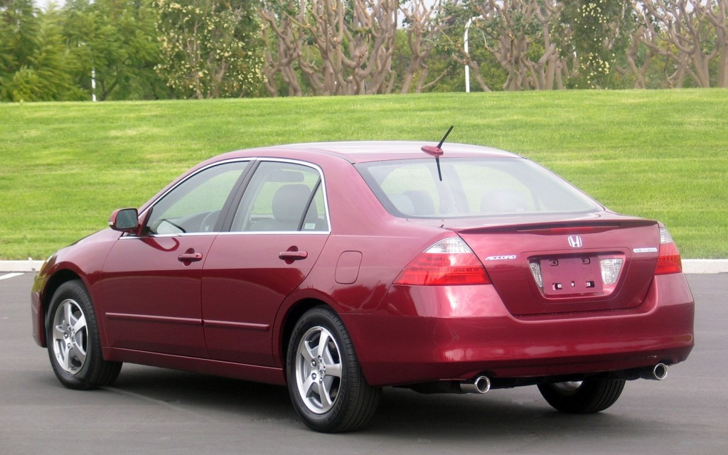 Honda hybrid sales top one million can it catch toyota for Best honda accord year