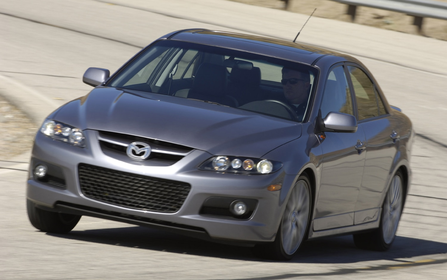 2006 Mazda Mazdaspeed6 Front Three Quarter Motion1