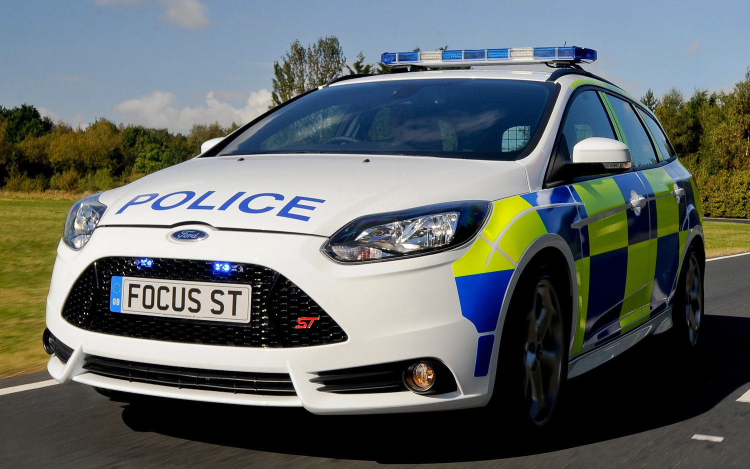 2012 Ford Focus ST Police Wagon Front View1