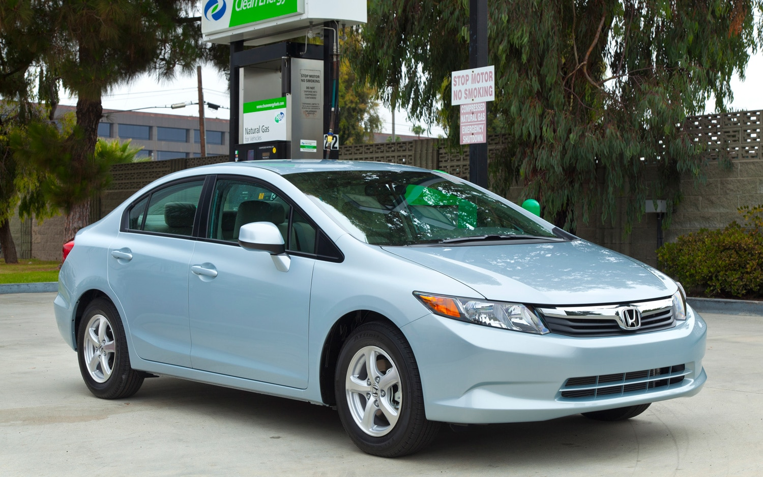 2012 Honda Civic Natural Gas Front Three Quarter Filling Station1