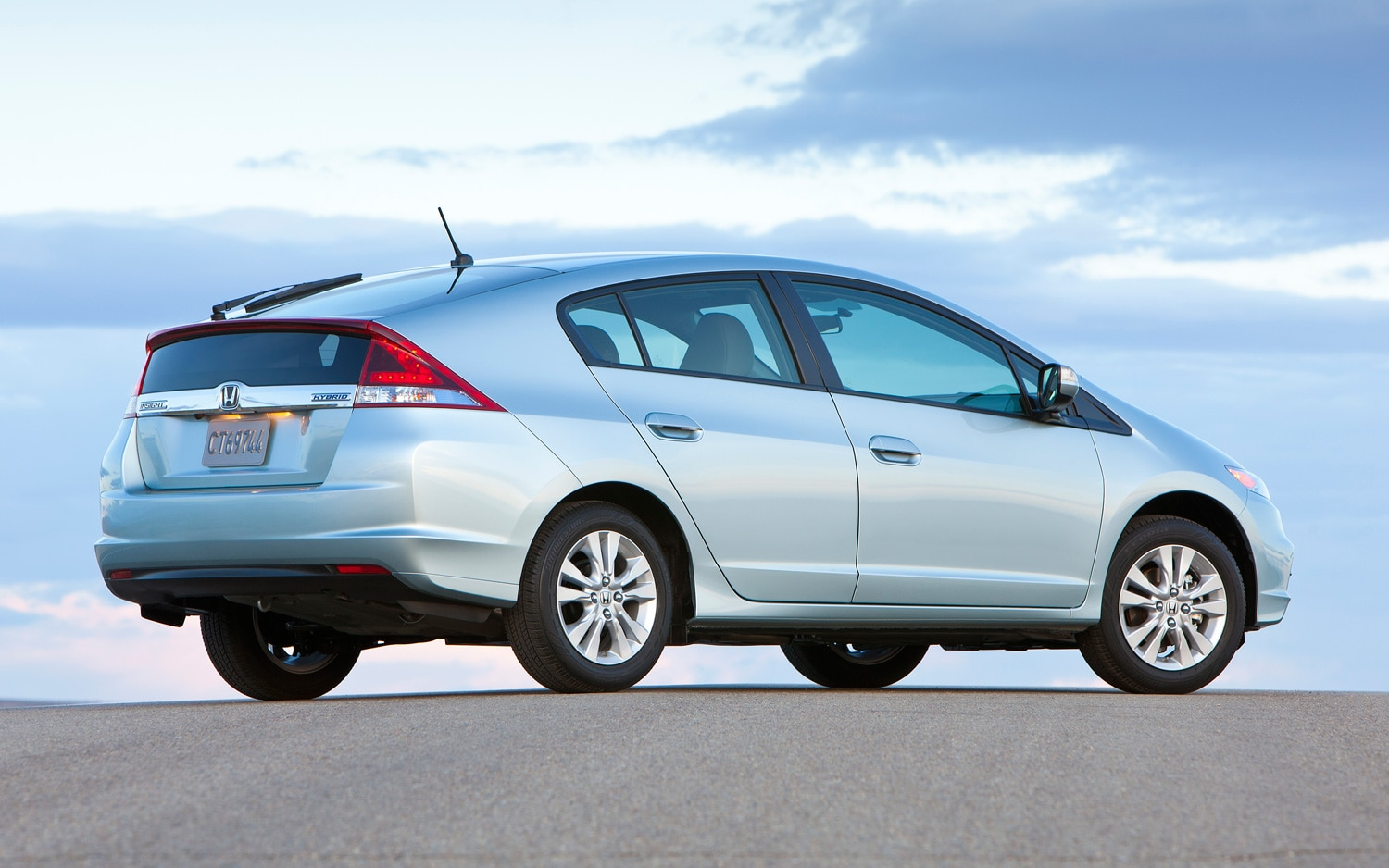 2012 Honda Insight Rear Three Quarter1