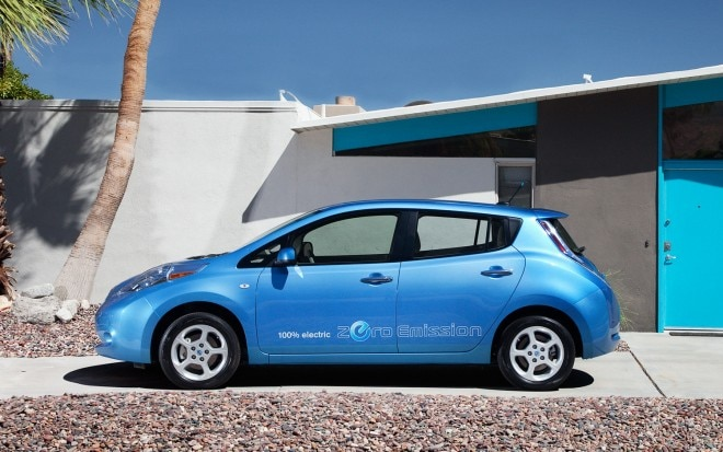 2012 Nissan Leaf Profile Blue1 660x413