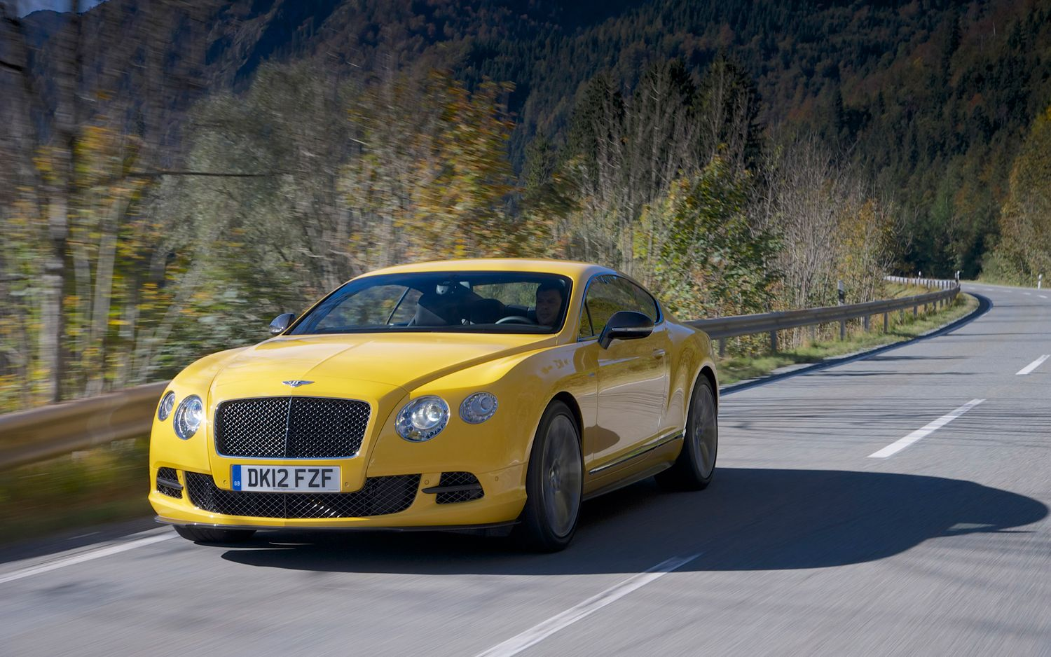 first drive 2013 bentley continental gt speed automobile magazine. Black Bedroom Furniture Sets. Home Design Ideas
