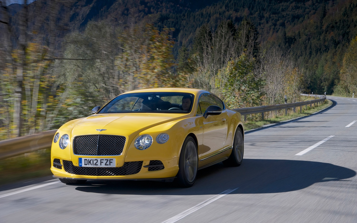 2013 Bentley Continental GT Speed Front Left View 31