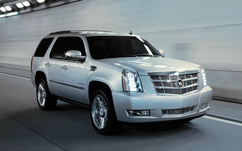 2013 Cadillac Escalade Platinum Right Front 11