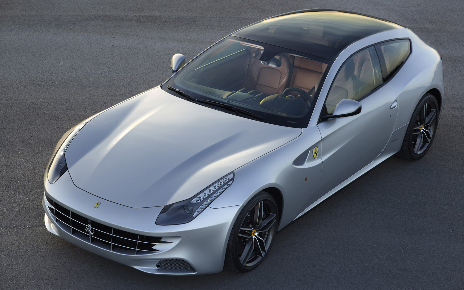 2013 Ferrari FF Front Three Quarter Aerial1