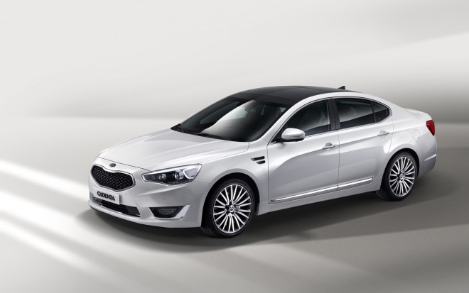 2013 Kia Cadenza Front Three Quarter1 660x413