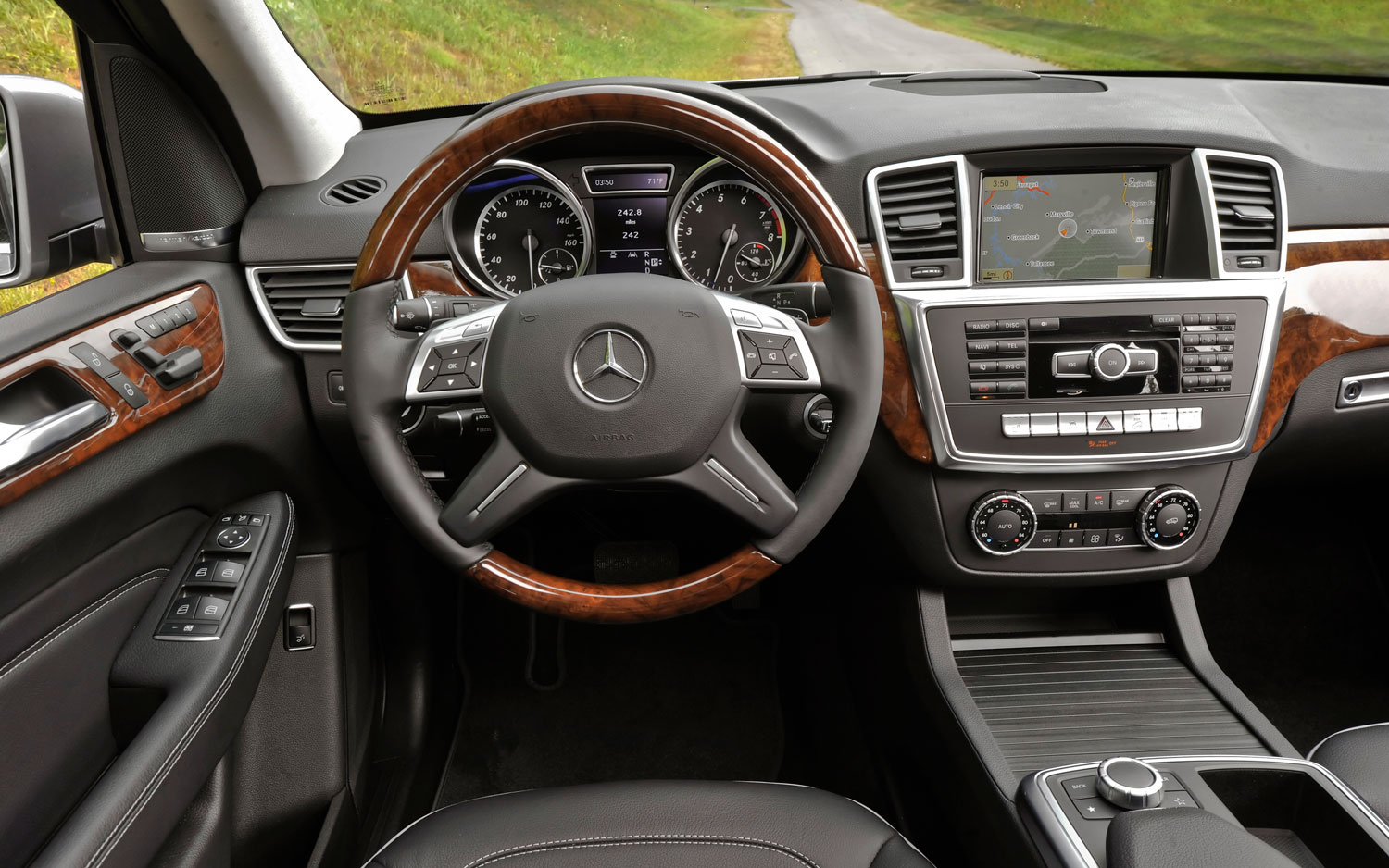 in motion c front release mercedes quarters price date class benz vehicles review three