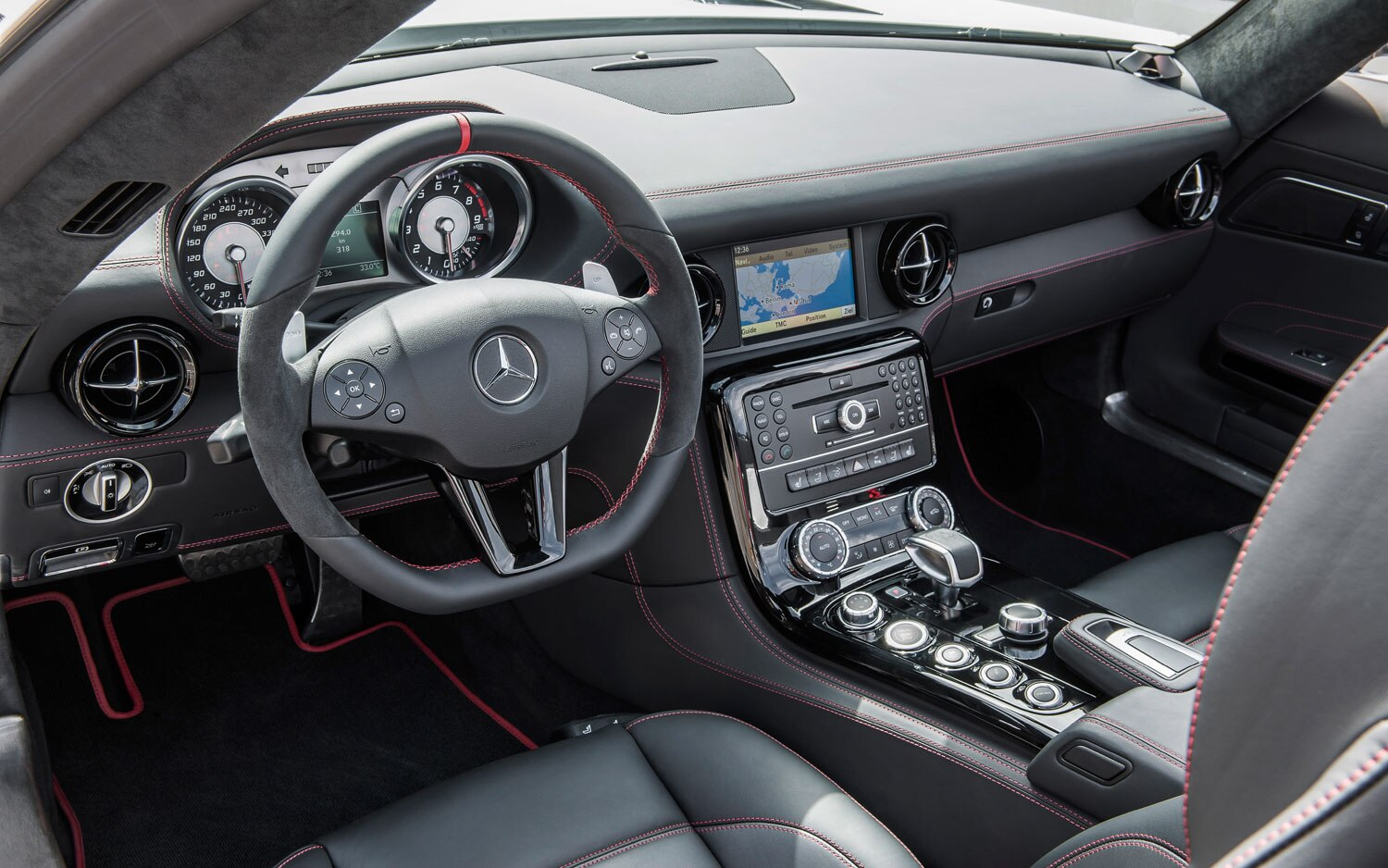 Alfa img showing gt sls amg gt roadster interior - Show More