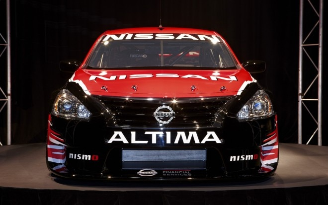 2013 Nissan Altima V 8 Supercar Front End On1 660x413