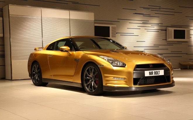2013 Nissan GT R Usain Bolt Special Edition Front Three Quarter1 660x413