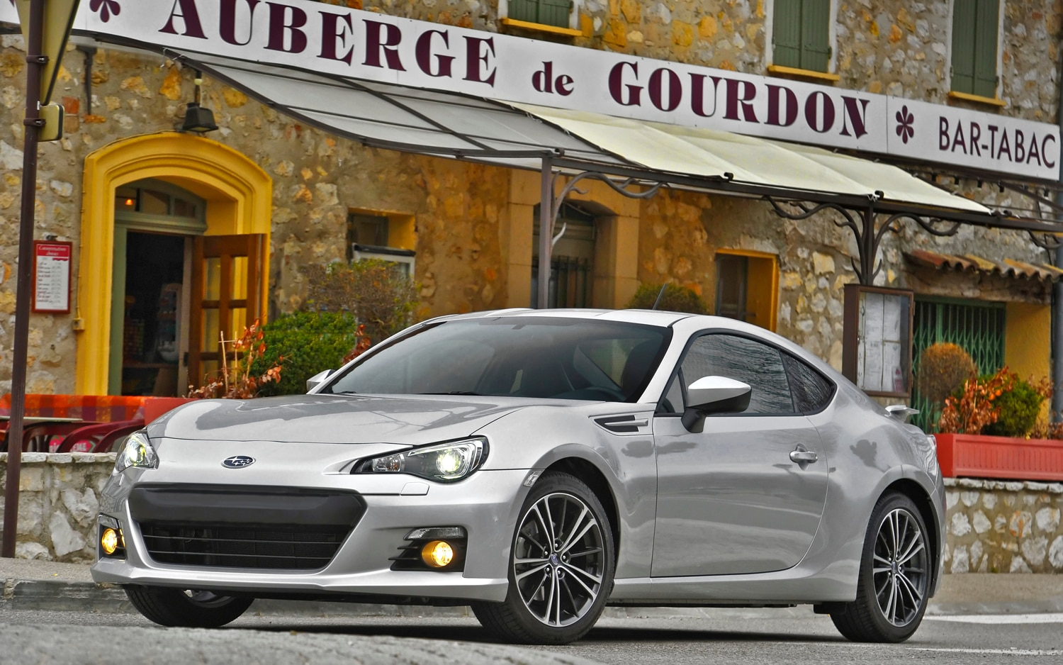2013 Subaru BRZ Front Three Quarter1