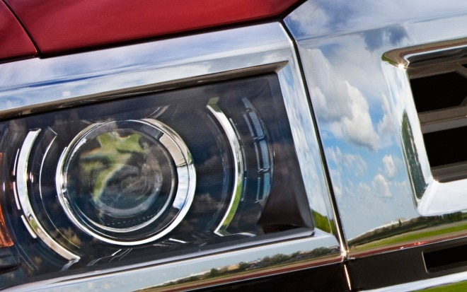 2014 Chevrolet Silverado 1500 Headlight Teaser1 660x413
