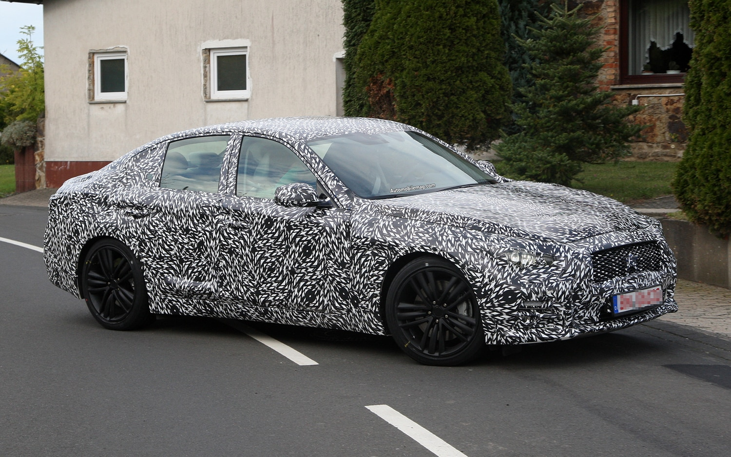2014 Infiniti G Right Front Spy Shots 21