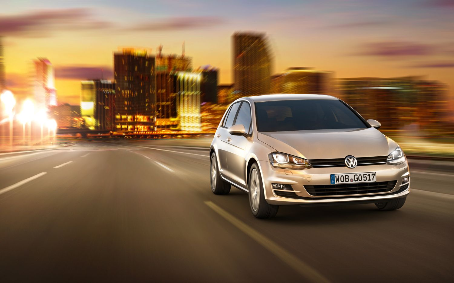 2014 Volkswagen Golf Front End In Motion1