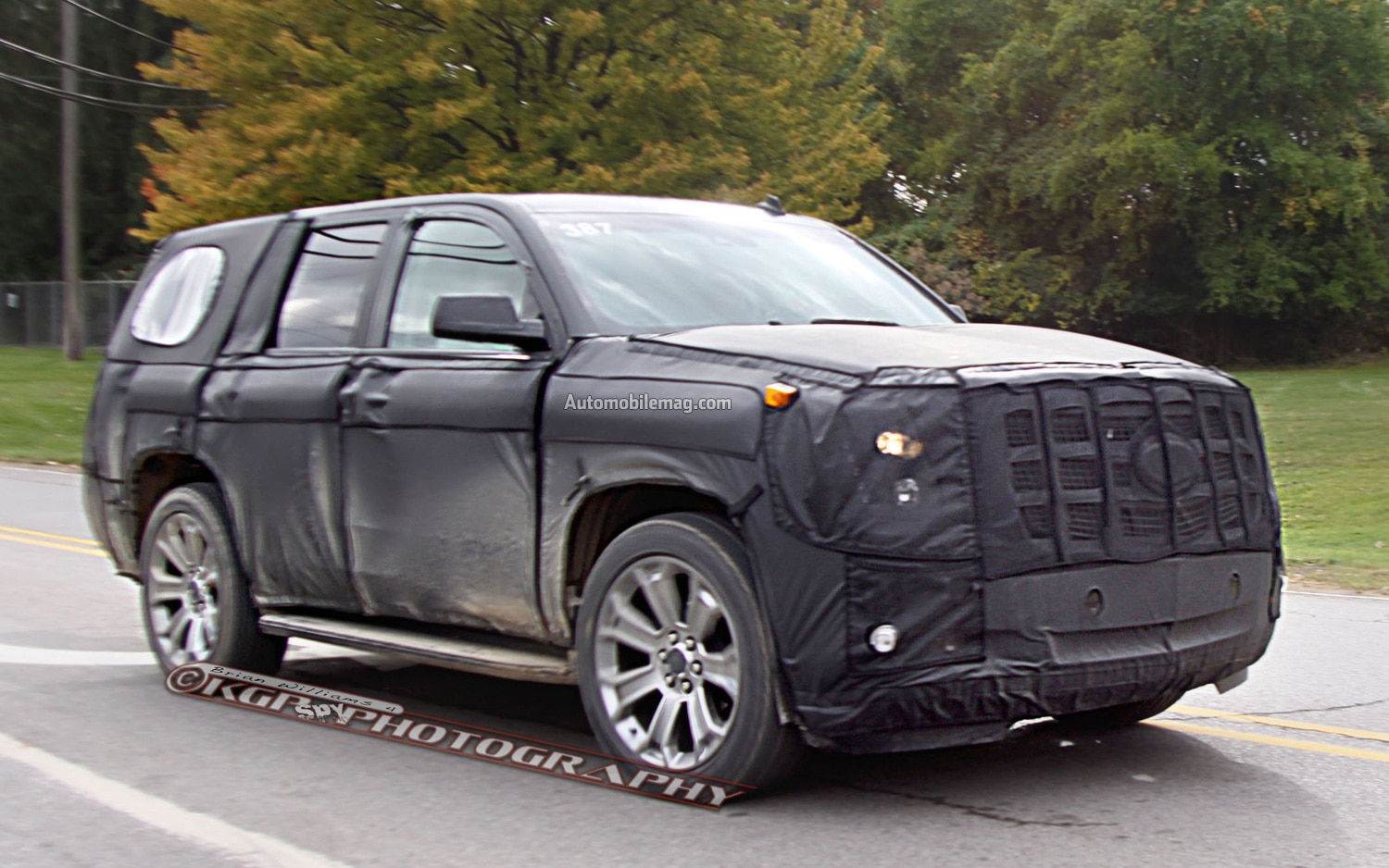 Cadillac Escalade Spy Photo Front Three Quarter 11