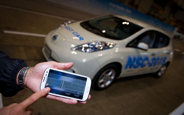 Nissan Leaf NSC 2015 Automated Vehicle1