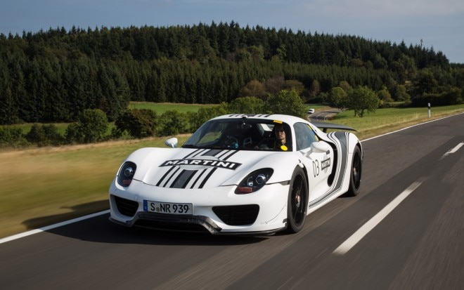 Porsche 918 Spyder Front Three Quarters In Motion1 660x413