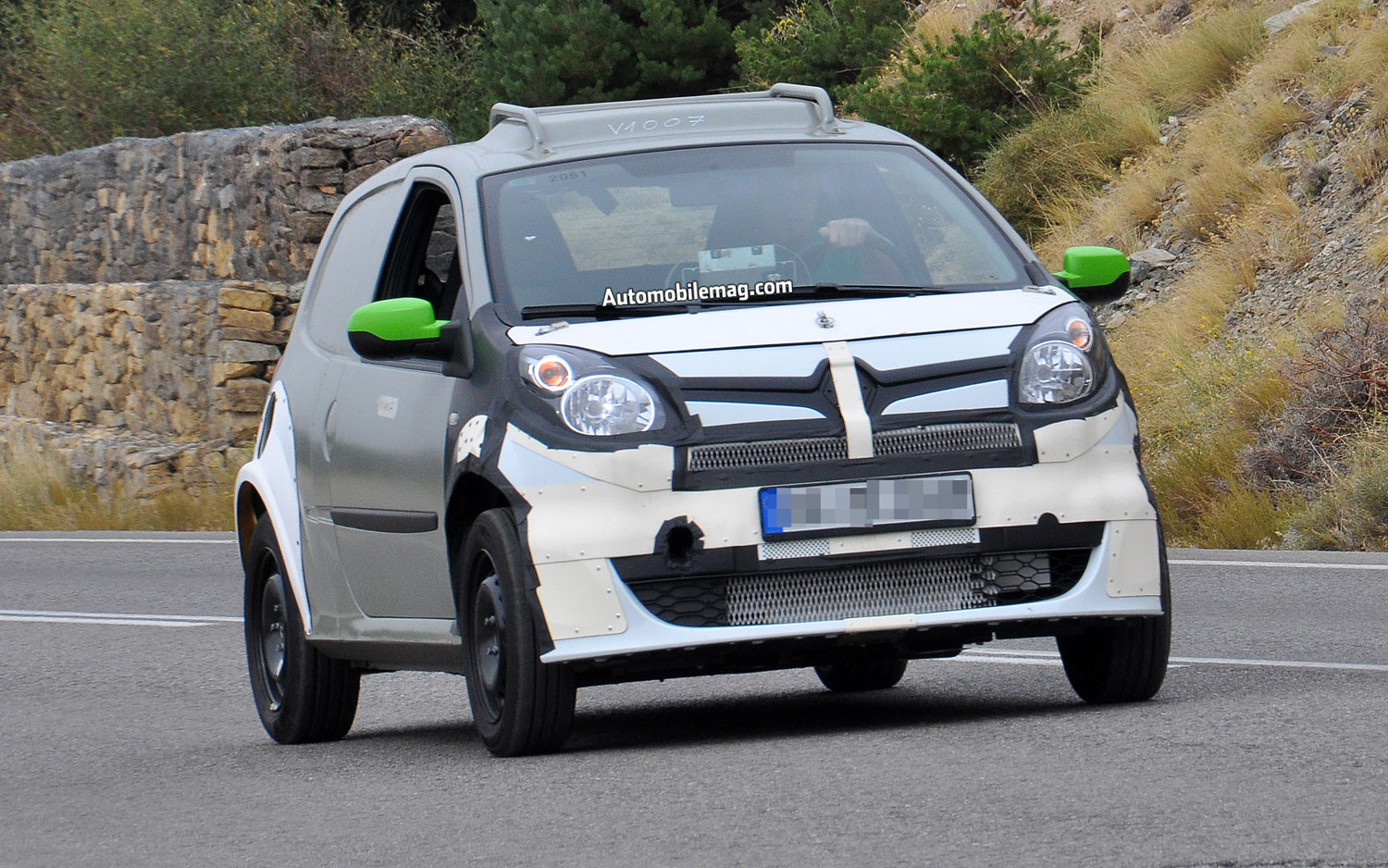 Smart ForFour Prototype Front Three Quarter View1