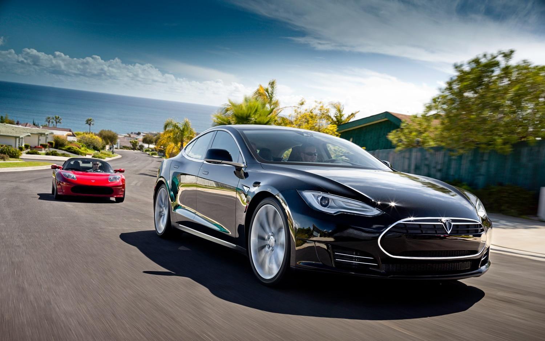 Tesla Model S Front View1
