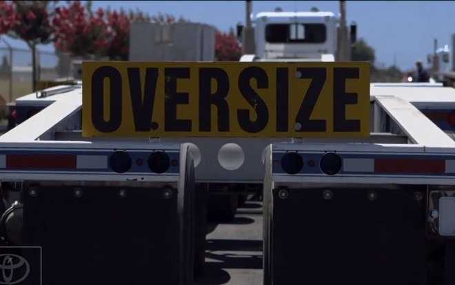 Toyota Tundra Endeavour Oversize Sign1 660x413