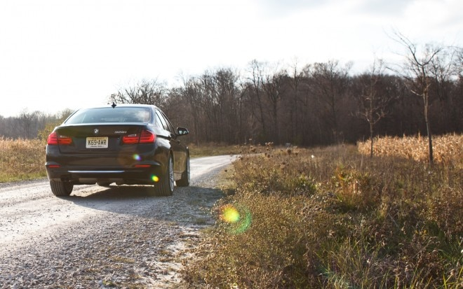 2012 BMW 328i Rear Right View1 660x413