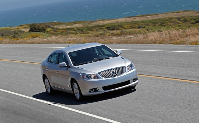 2012 Buick LaCrosse Front View1 660x409