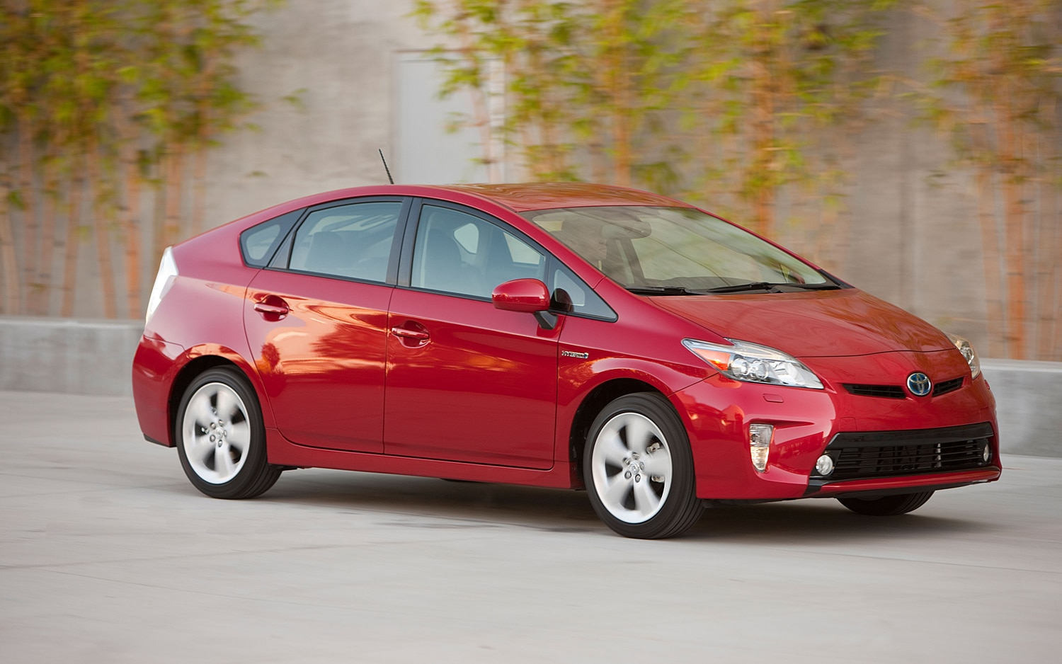 rumored next toyota prius to offer 60 mpg all wheel drive. Black Bedroom Furniture Sets. Home Design Ideas