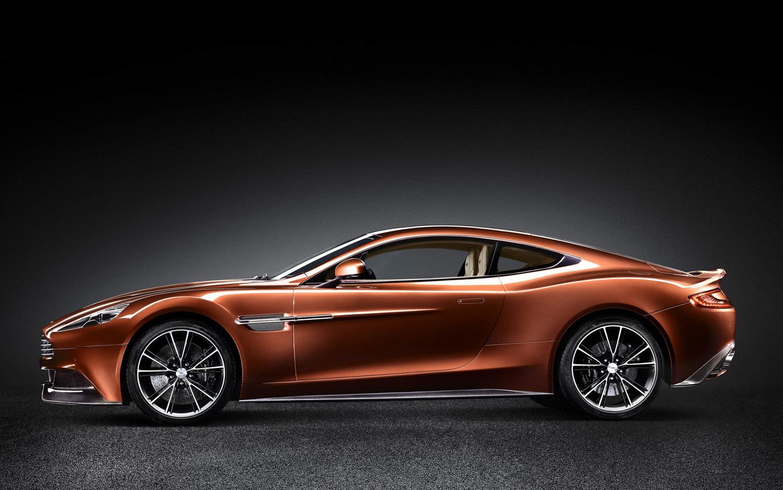 2013 Aston Martin Vanquish Left Side View1