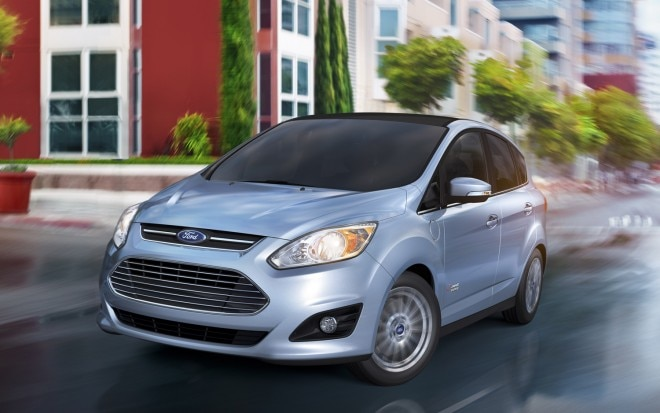 2013 Ford C Max Energi Front Three Quarter Motion1 660x413