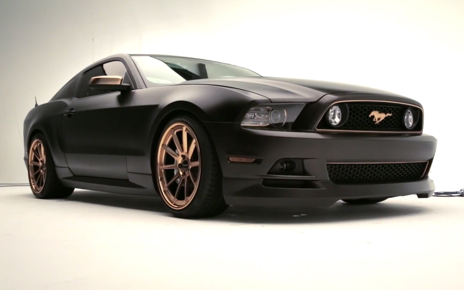 2013 Ford Mustang GT High Gear Right Front11