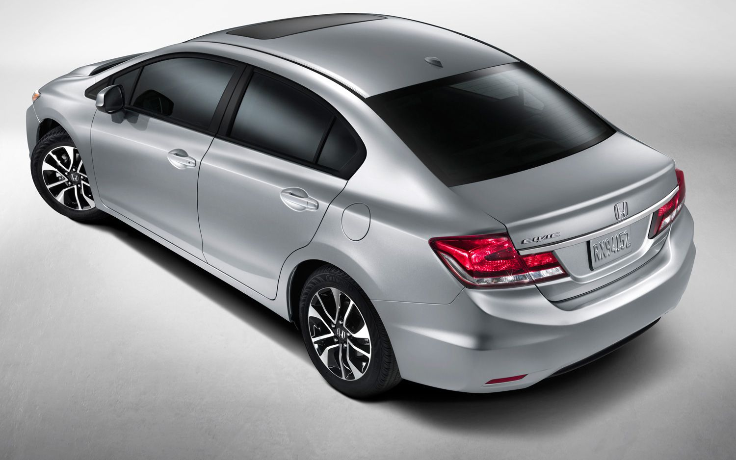 2013 Honda Civic EX L Navi Sedan Rear View1
