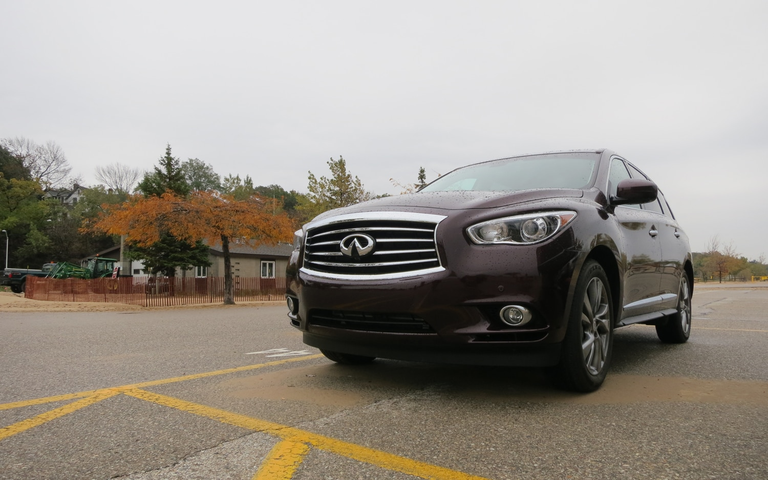 2013 Infiniti JX35 Front Left View1