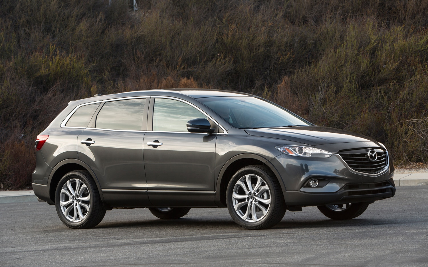 2013 Mazda CX 9 Front Three Quarter 21