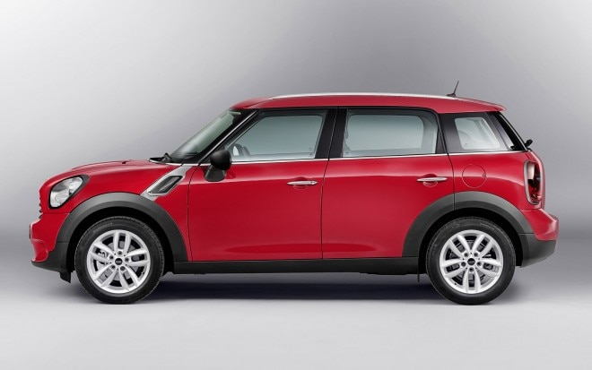 2013 Mini Countryman Left Side View1 660x413