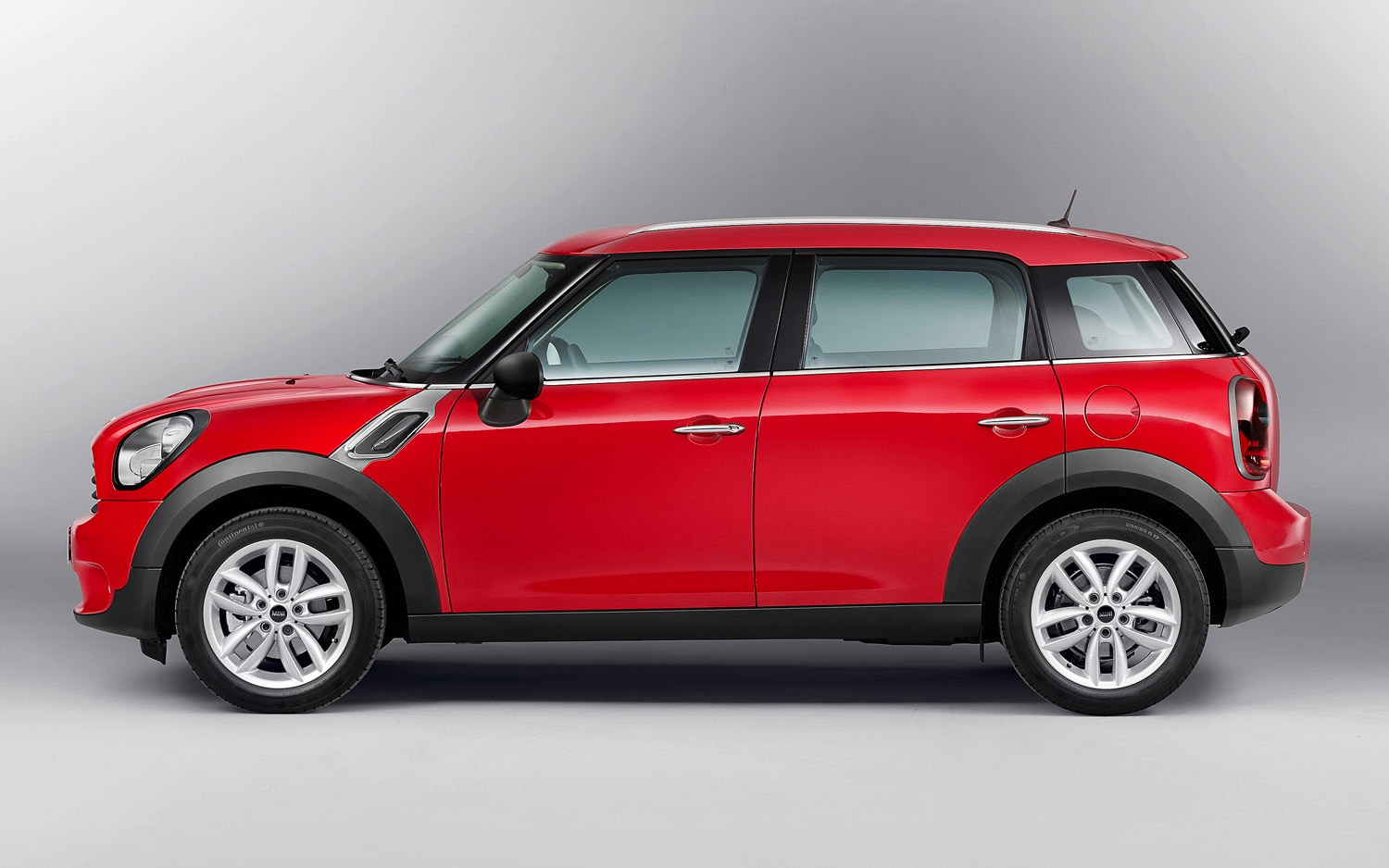 2013 Mini Countryman Left Side View1