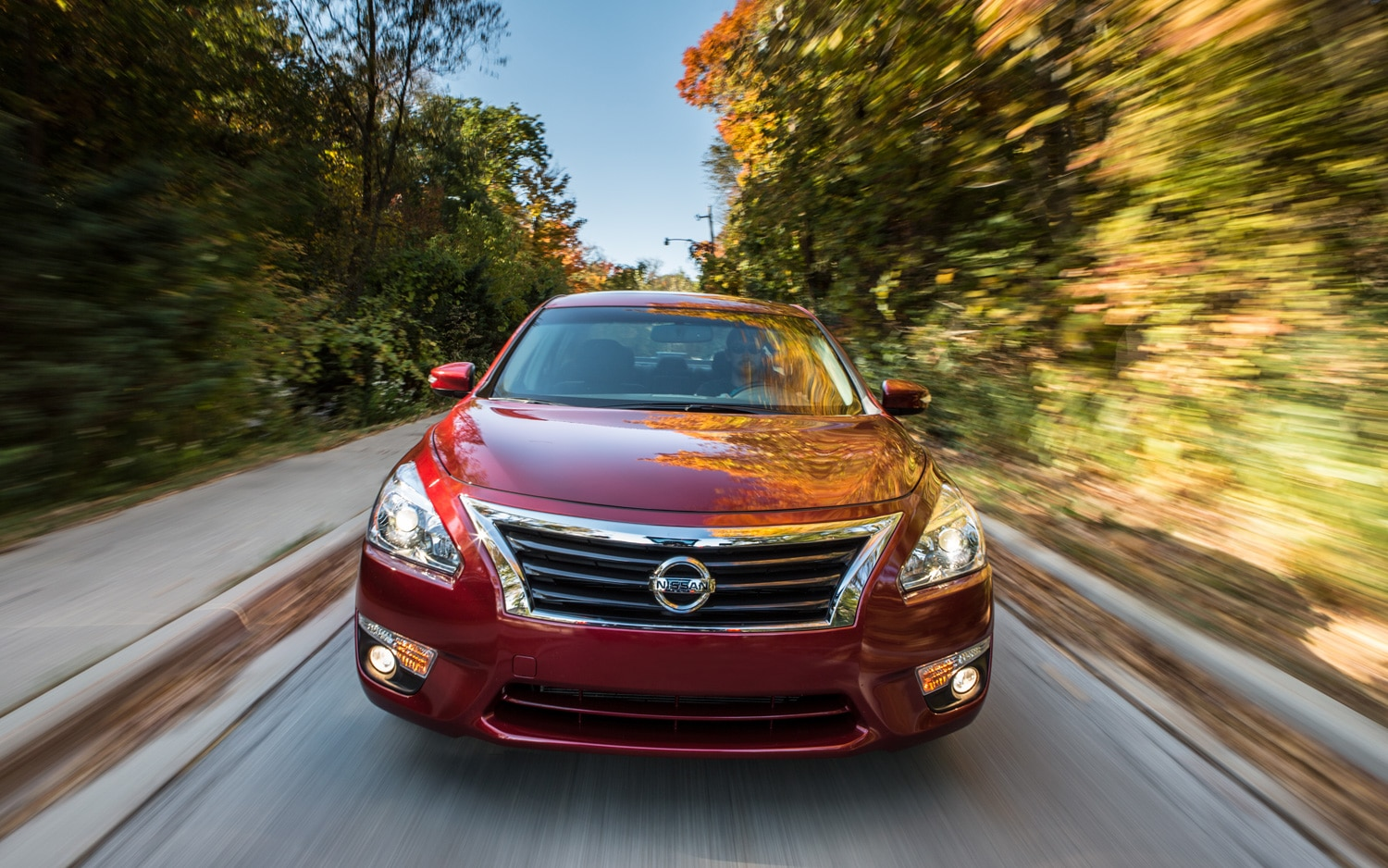 2013 Nissan Altima 3 5 SL Front View1