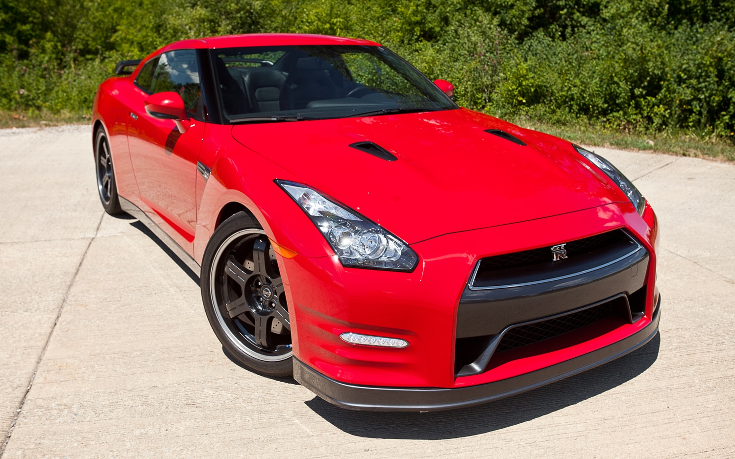 2013 nissan gt r black edition editor 39 s notebook automobile magazine. Black Bedroom Furniture Sets. Home Design Ideas