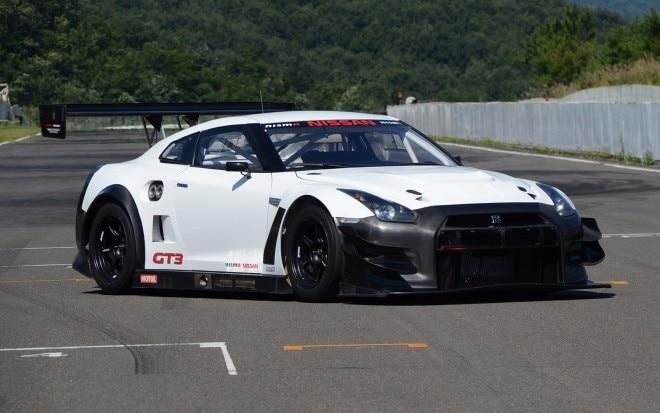 2013 Nissan GT R Nismo GT3 Front Three Quarter1 660x413