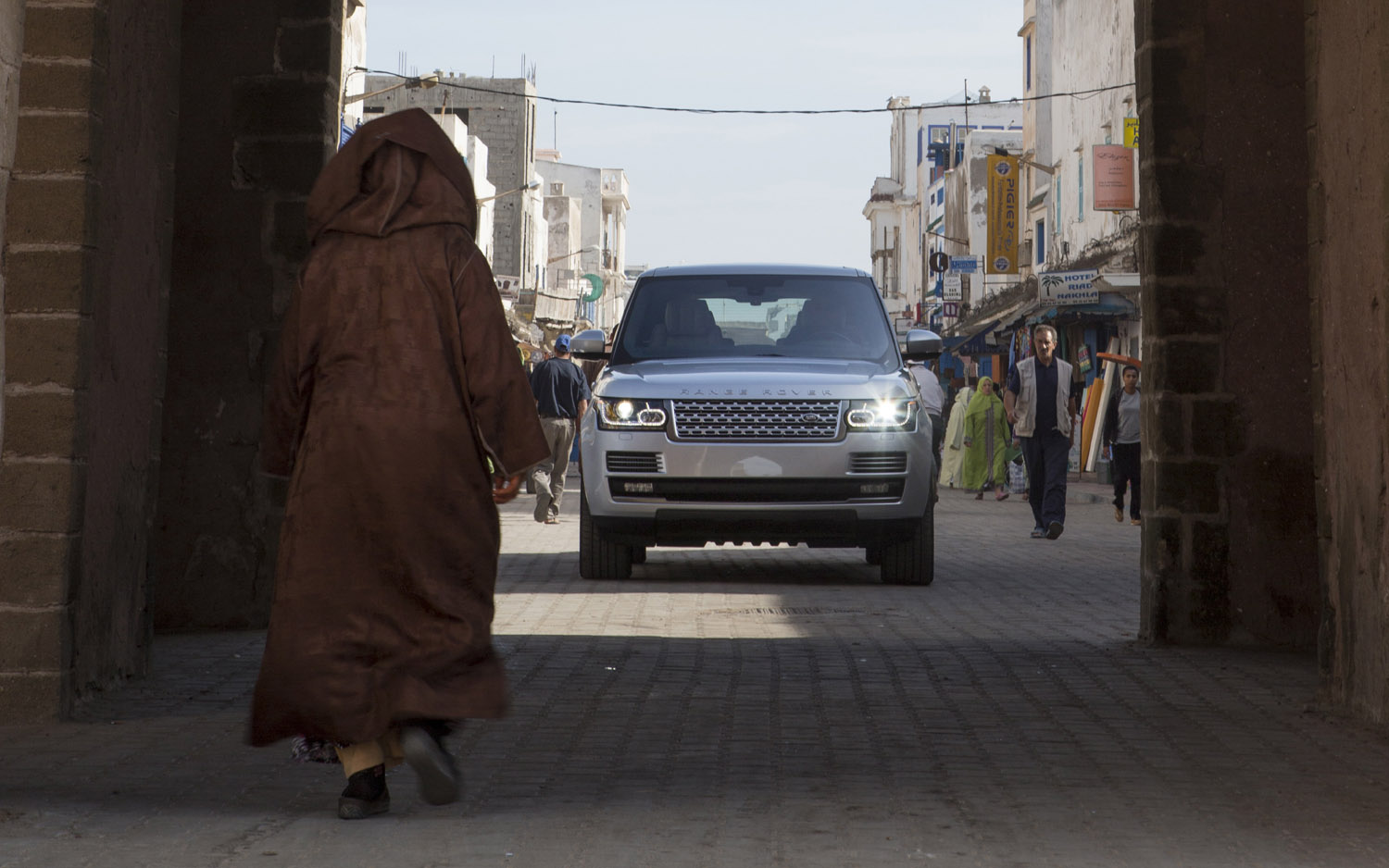 2013 Range Rover Front View Marrakech1